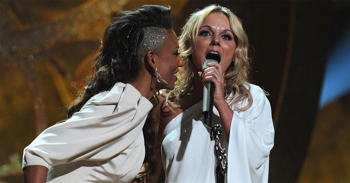 """Spice Girls, Mel b confessa: """"Sì, io e Geri Halliwell abbiamo fatto sesso"""""""