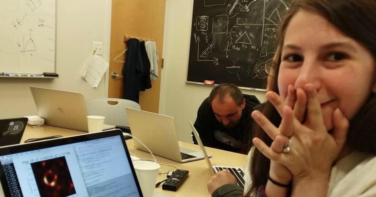 Katie Bouman, la 29enne che ha realizzato l'algoritmo per fotografare il Buco Nero