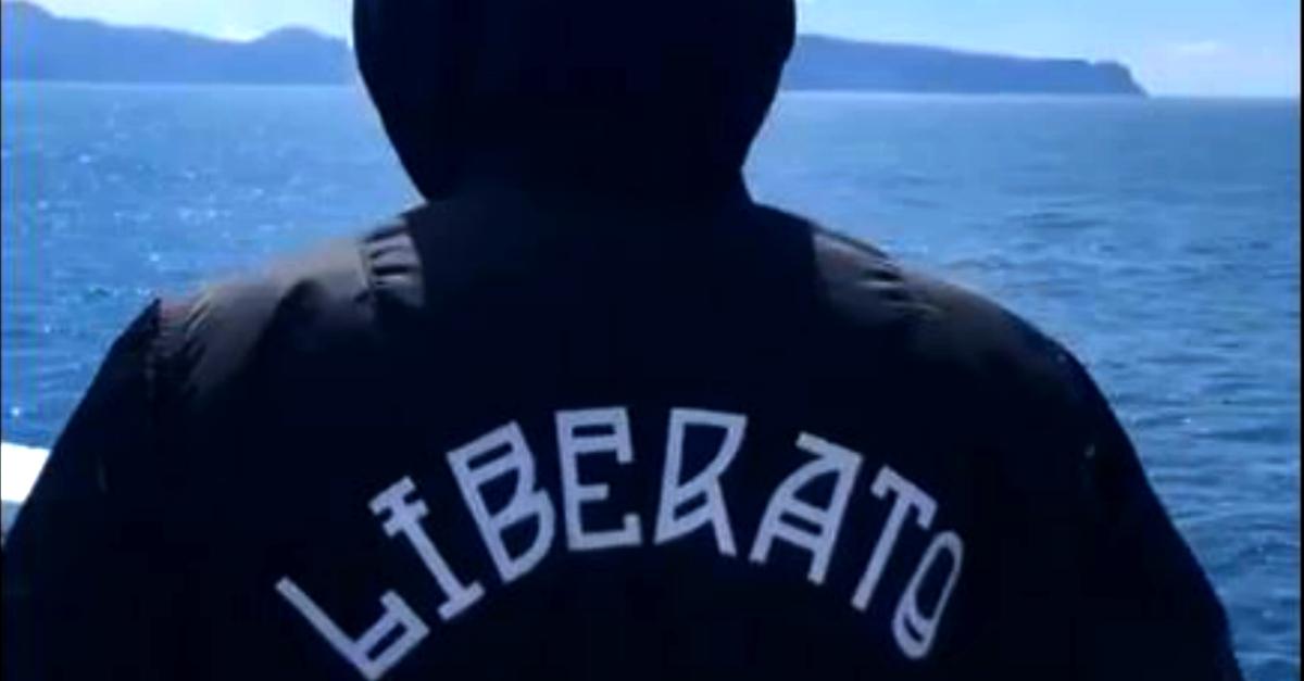 Liberato pubblica un video sui social dopo 4 mesi di silenzio (il 9 maggio si avvicina)