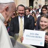 "Clima, Papa Francesco incontra Greta Thunberg: ""Vai avanti"""