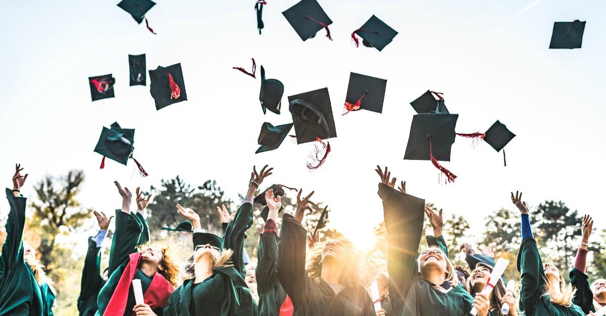Tua sorella, il tuo fidanzato o tuo figlio si laureano a breve? Ecco i regali non convenzionali che potresti fargli