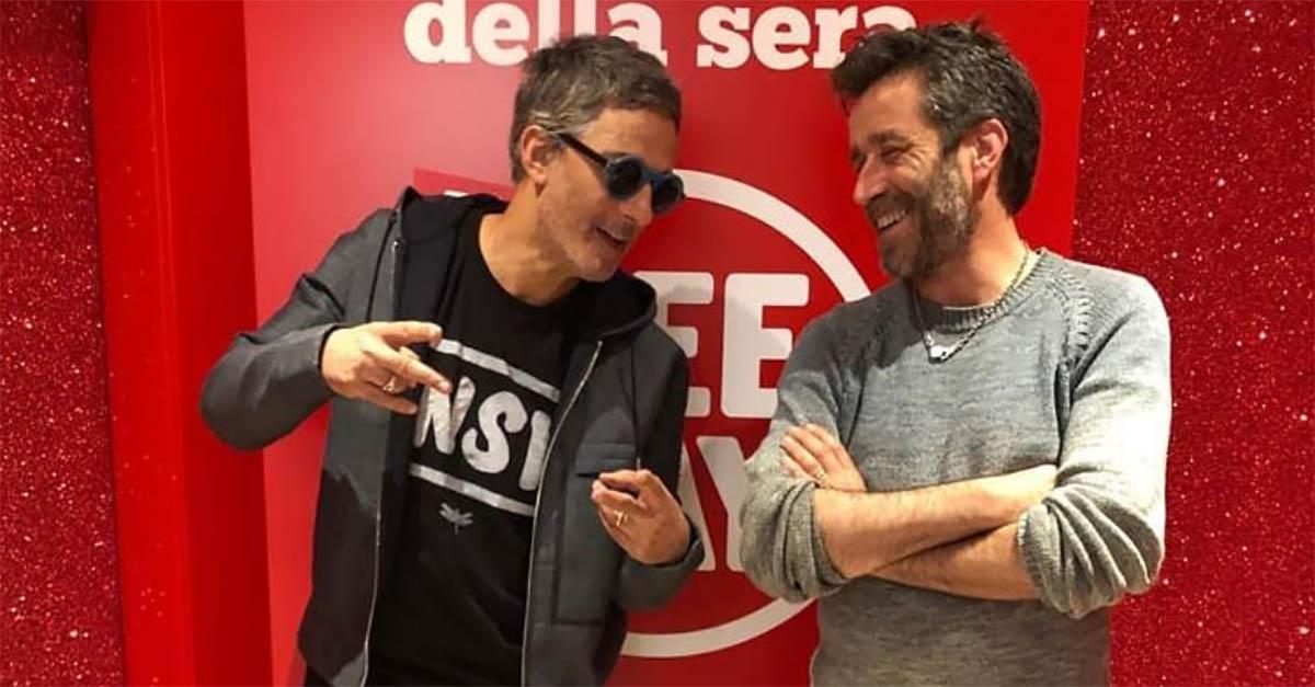 """Daniele Silvestri canta """"Salirò"""" e """"Stan"""" di Eminem: è show a """"Il Rosario della sera"""""""
