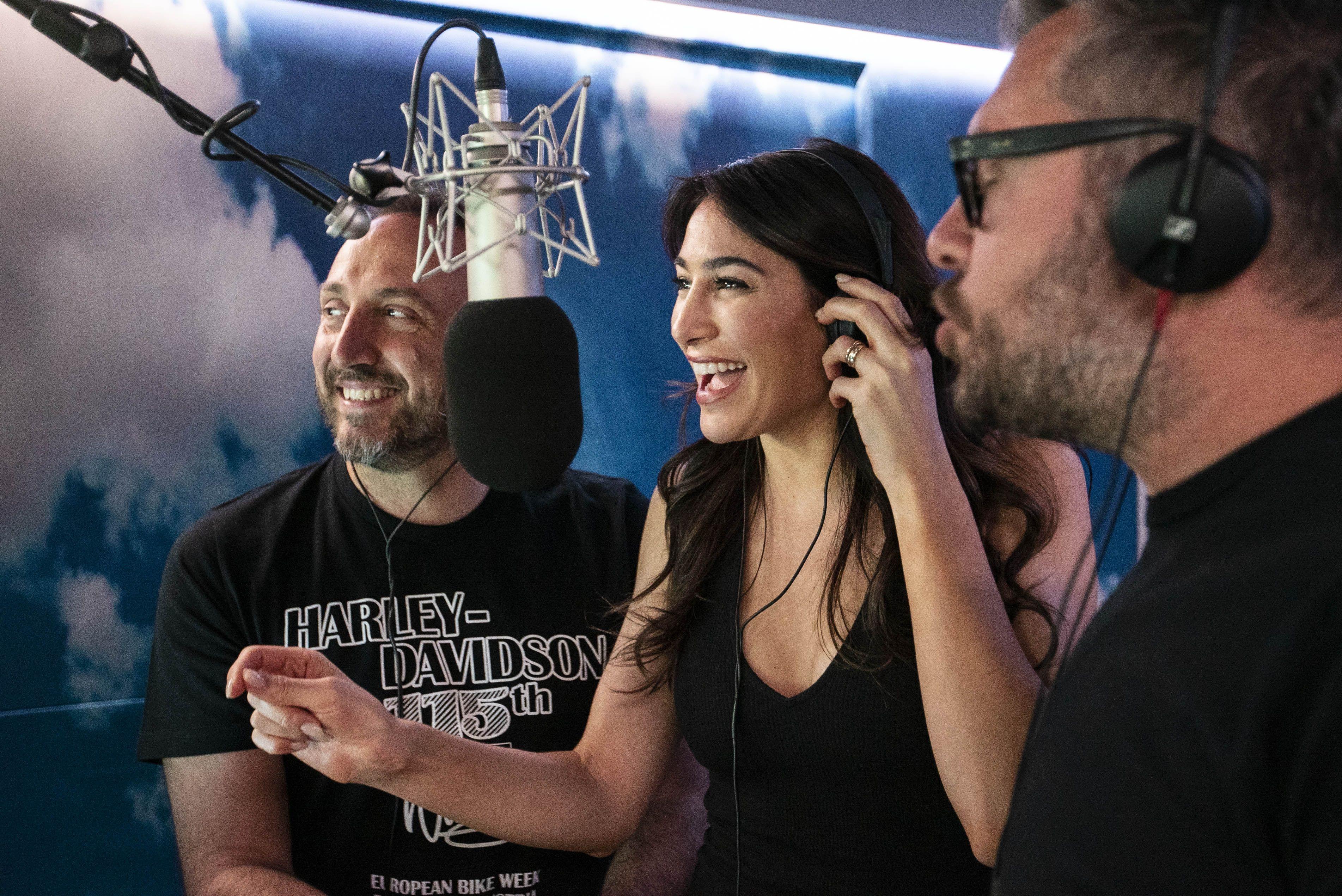Christie Peruso   Radio Deejay