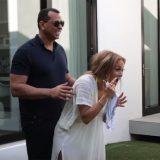 Jennifer Lopez, il regalo del fidanzato la lascia senza parole