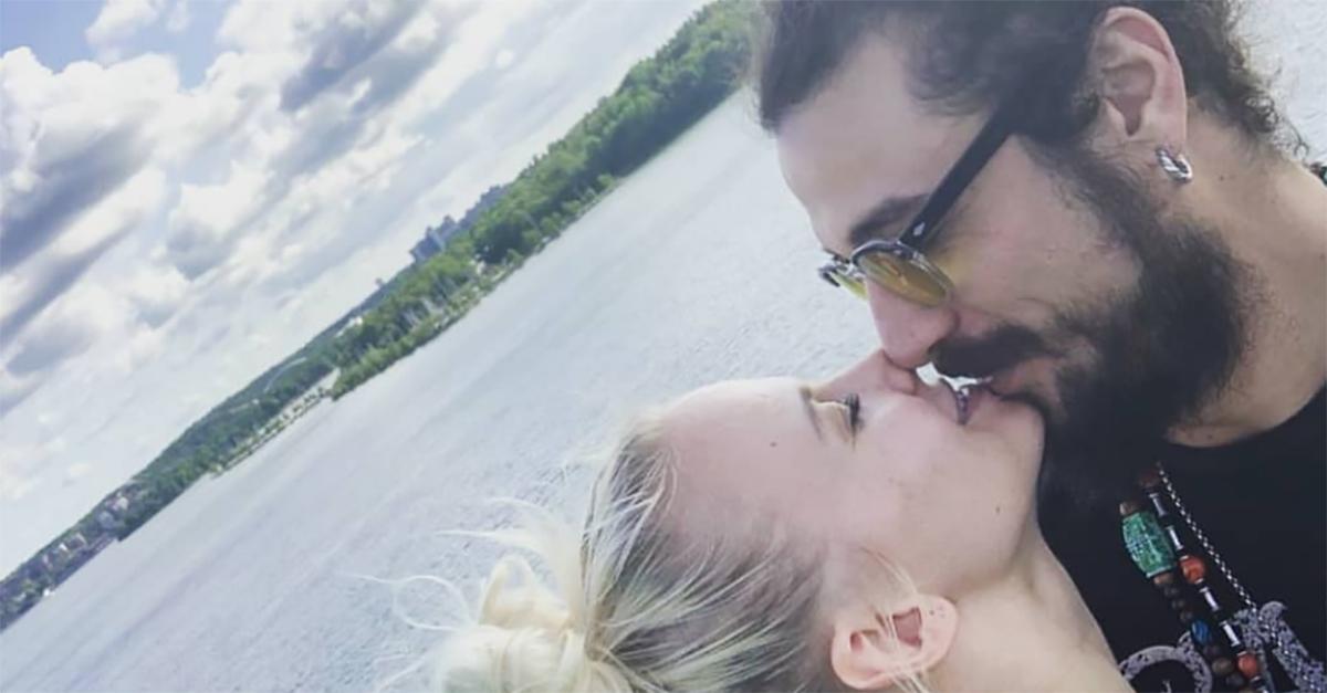 """Galeotto fu """"Ballando"""", Dani Osvaldo e Veera Kinnunen sono una coppia: la foto del bacio"""
