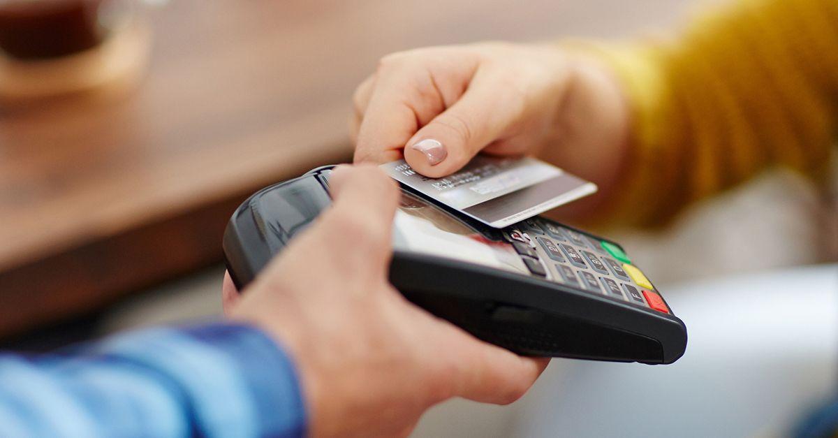 La carta in tasca che ti protegge contro i tentativi di furto contactless