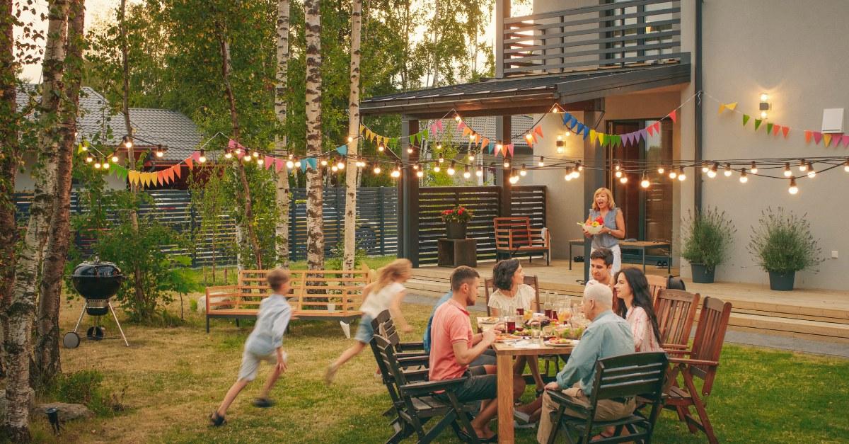 Come trasformare il tuo giardino (anche piccolo) nel posto più accogliente