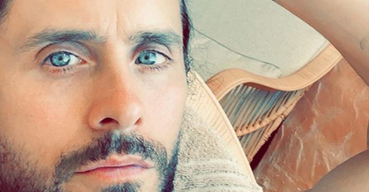 Jared Leto torna a spogliarsi su Instagram e ci ricorda com'è il suo fisico a 47 anni