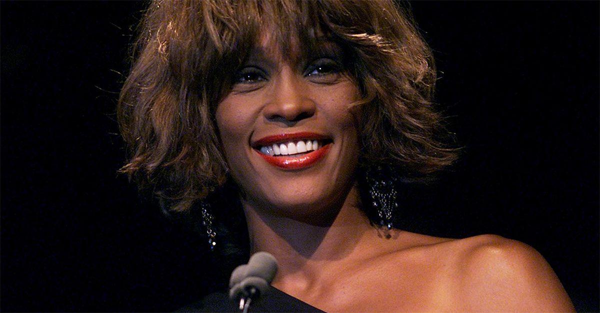 Whitney Houston, un tour a 8 anni dalla scomparsa: sul palco l'ologramma della cantante