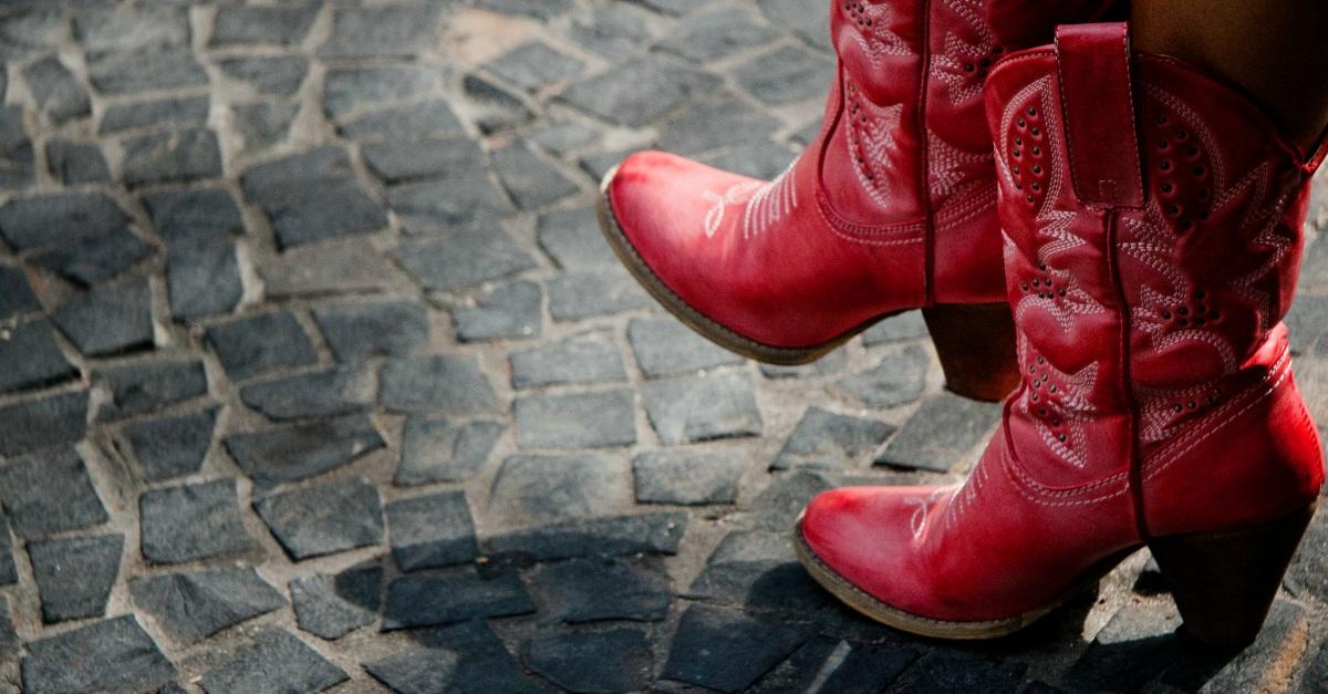 Il trend della prossima stagione sono gli stivali texani da vera country girl
