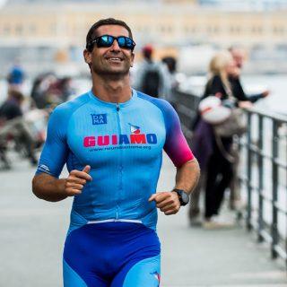 Filippo Minuto, il papà che gareggia negli IronMan per sostenere la Ricerca Scientifica