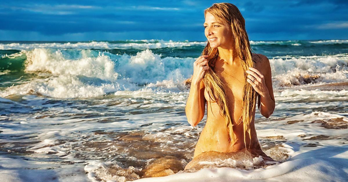 """""""Mi sono sposata in una spiaggia nudista"""". Il racconto di Chiara da Fabio Volo"""