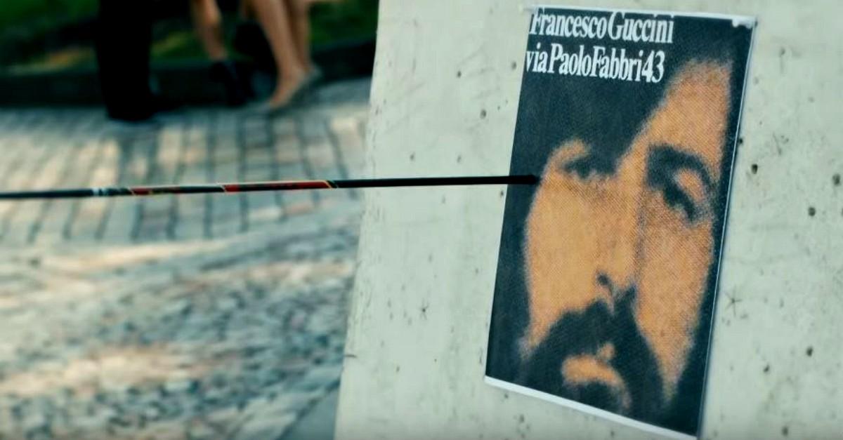"""È uscito il video ufficiale de """"L'avvelenata"""" di Guccini (43 anni dopo la canzone)"""