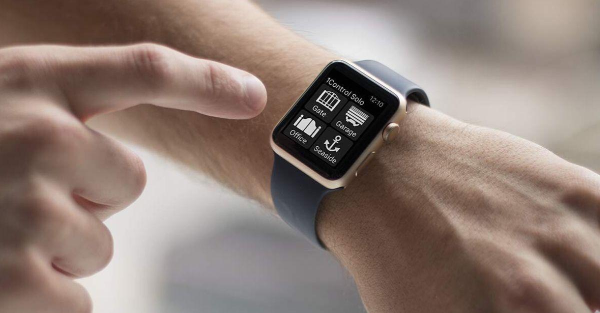 Come aprire il cancello di casa con il tuo smartphone (o smartwatch)