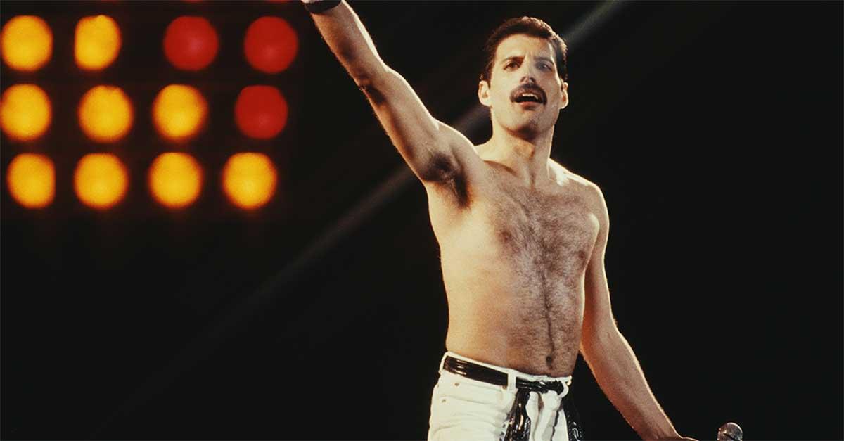 Freddie Mercury fa consegnare regali agli amici per Natale a 28 anni dalla sua morte