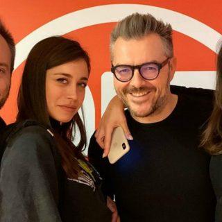 La velina Ludovica Frasca al Follow Deejay: corso di inglese alle 6 con Andrea&Michele