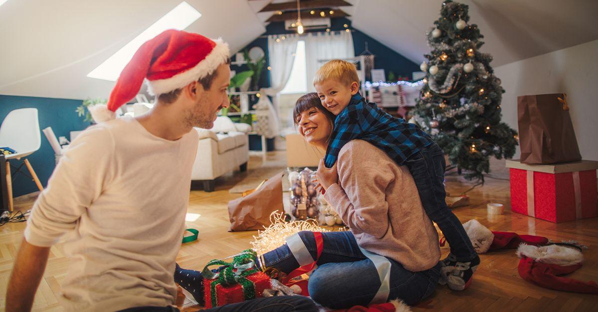 Chi decora la casa per Natale in anticipo è più felice: lo studio