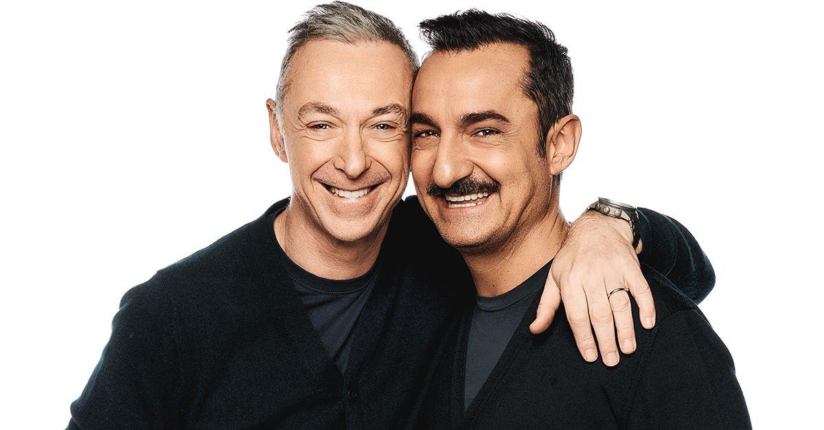 Linus e Nicola annunciano la festa in maschera di Radio Deejay: il 25 febbraio a Milano