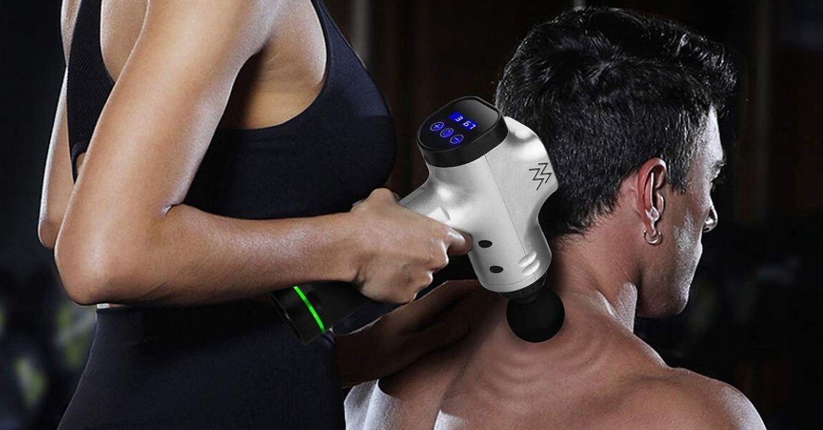 Ecco come una pistola per massaggi allevia le tensioni muscolari