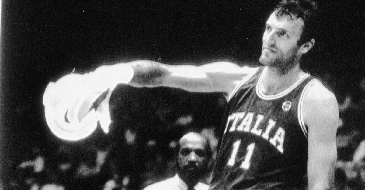 Dino Meneghin, la leggenda della pallacanestro, compie 70 anni