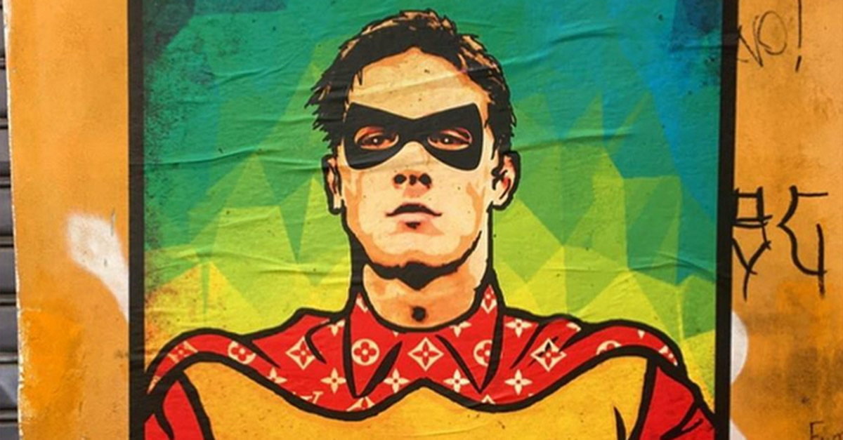 Nicolò Zaniolo diventa Robin: spunta il murale in un vicolo di Trastevere