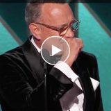 Golden Globe, Tom Hanks riceve il premio alla carriera e si commuove parlando della sua famiglia