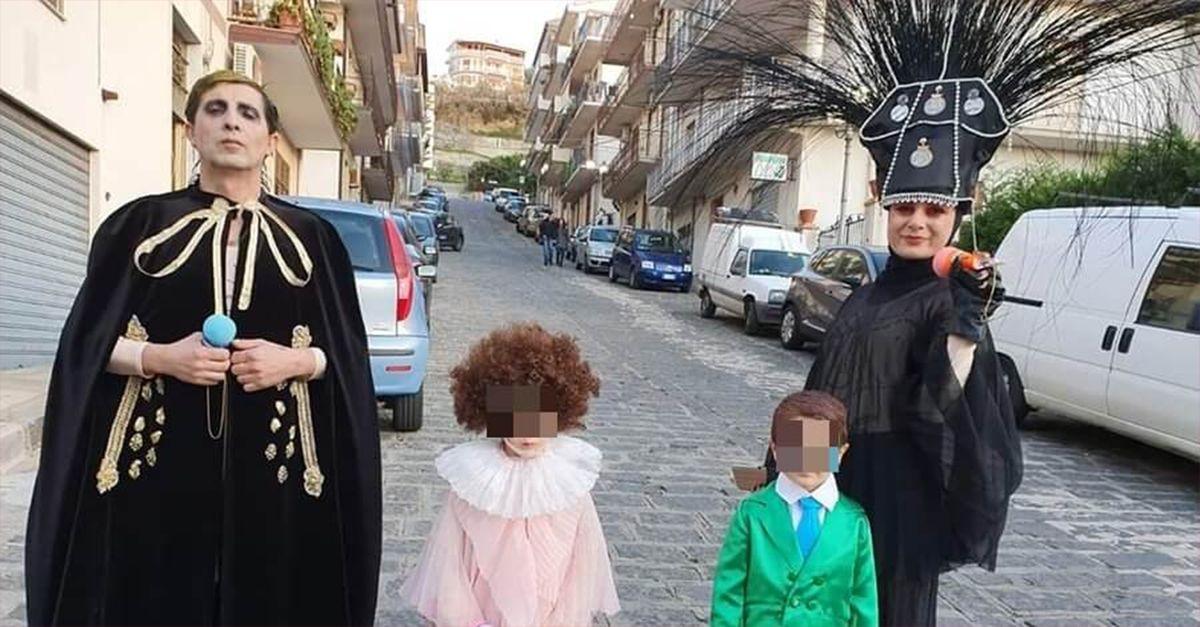 Carnevale, un'intera famiglia si maschera da Achille Lauro a Sanremo (in tutti i suoi look)