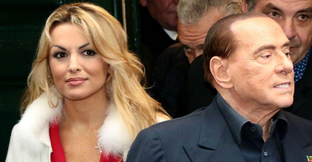 È finita tra Berlusconi e Francesca Pascale: ecco chi è la sua nuova compagna 30enne
