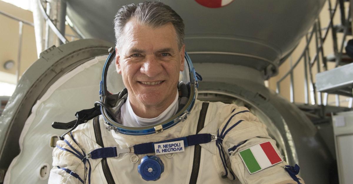 Le 5 regole della NASA per la quarantena. L'astronauta Paolo Nespoli a Radio DEEJAY