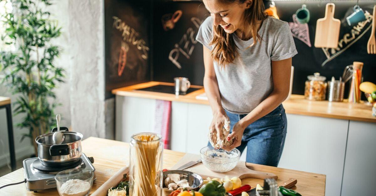 Libri Di Ricette Per Cucinare In Quarantena Radio Deejay