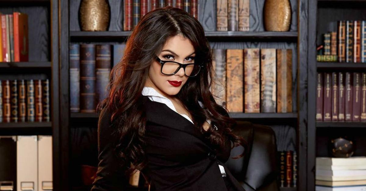 Vogliono bloccare il porno online: Valentina Nappi pronta a scendere in politica