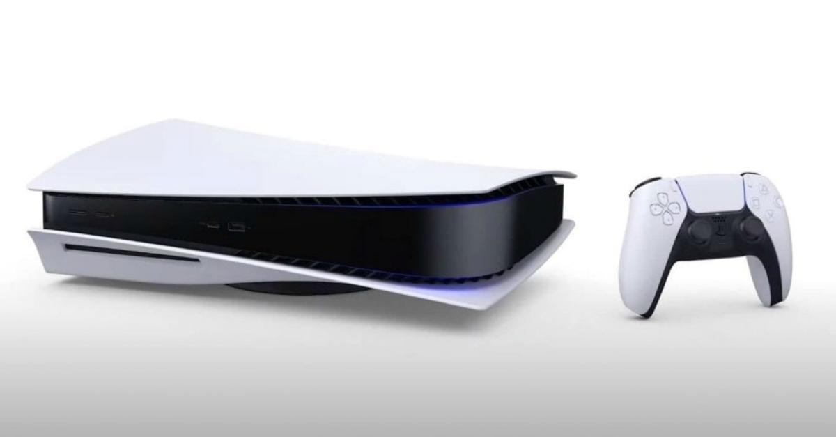 """Ecco la Playstation 5, la console che sfida i cambiamenti climatici: """"Galleggerà"""""""