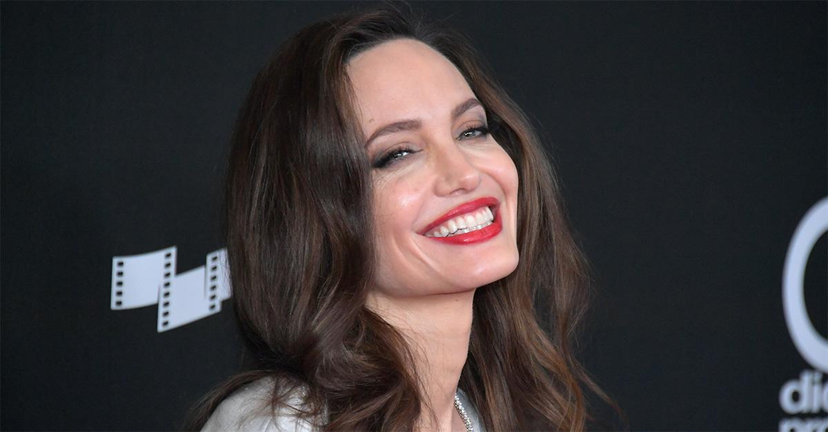 Angelina Jolie compie 45 anni, dea inquieta del cinema