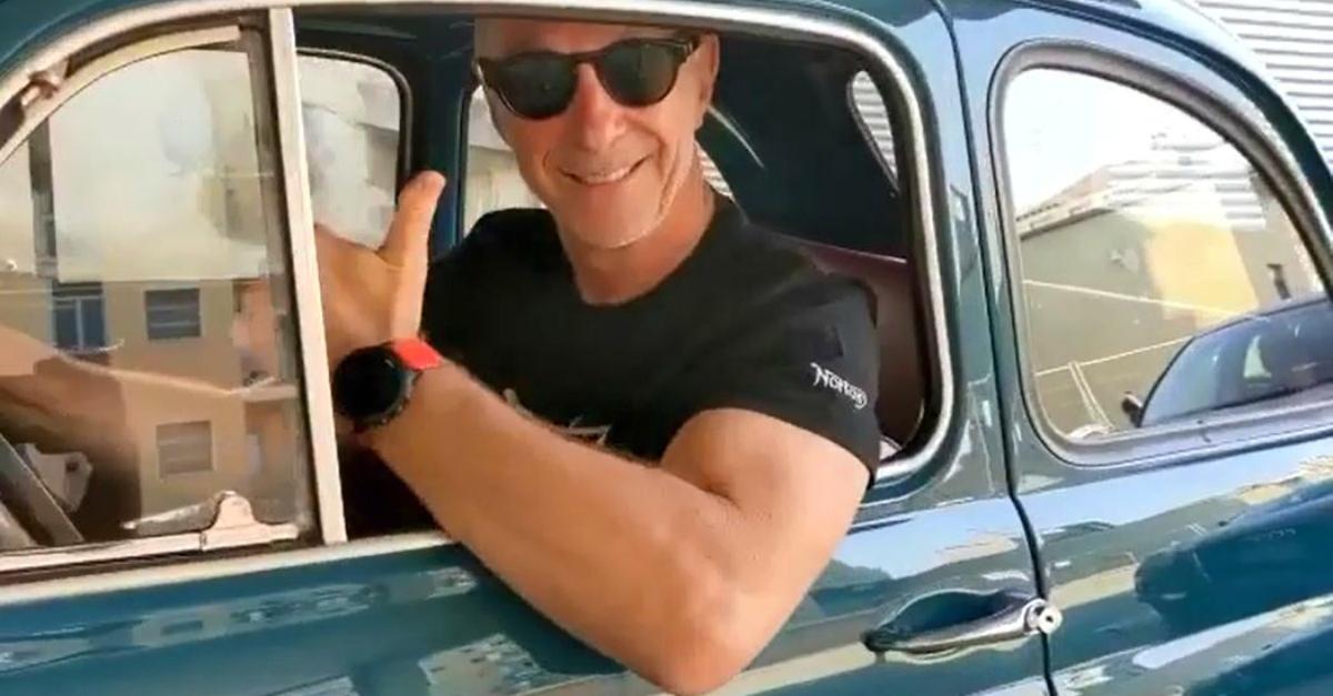 """La nuova 500 di Linus: """"È uguale a quella dei miei 20 anni, ma il motore è in rodaggio"""""""
