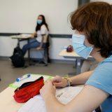 """Scuola: il distanziamento tra alunni dipenderà dalle loro """"rime buccali"""". Che cosa sono"""