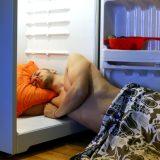 Rimedi contro la caldazza notturna per chi non ha il condizionatore