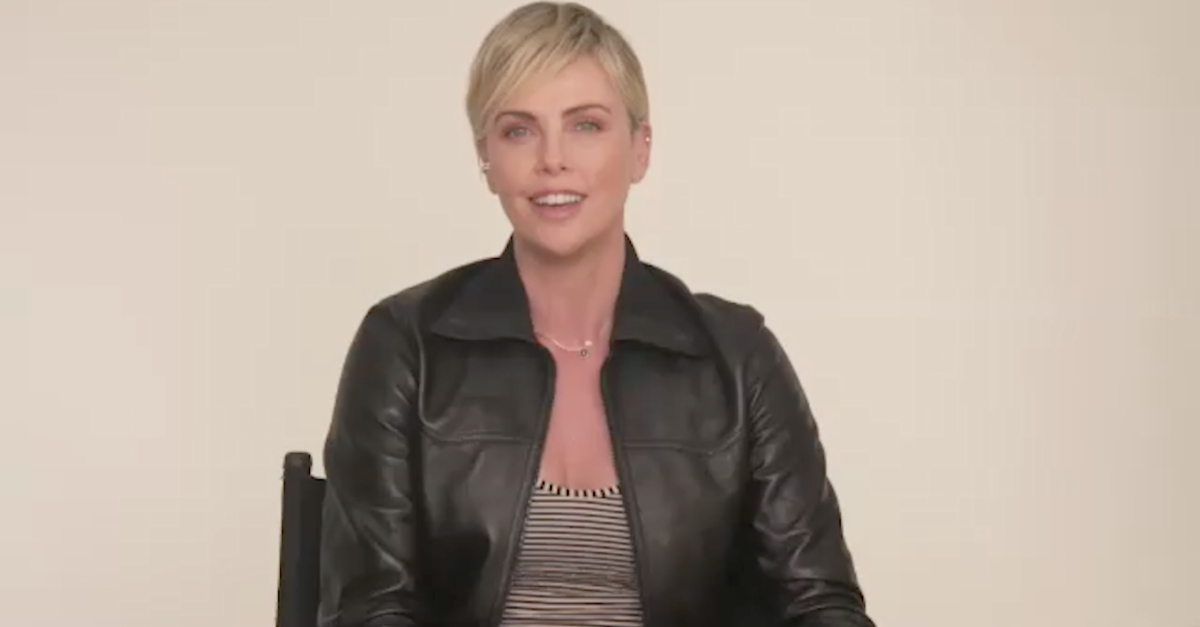 "Charlize Theron, guerriera immortale in ""The Old Guard"": l'intervista"