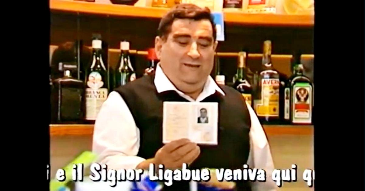 """Ligabue ricorda Mario, il barista di """"Certe Notti"""" scomparso a 80 anni: ecco chi era"""