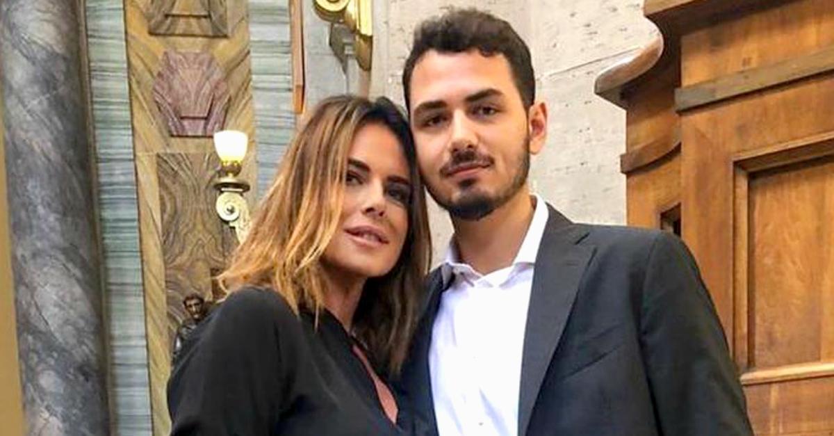 Figlio dj di Paola Perego a rischio contagio dopo le serate in discoteca: com'è finita