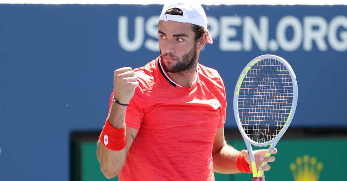 US Open, ecco il tifoso italiano che urla fuori dallo stadio per sostenere Matteo Berrettini