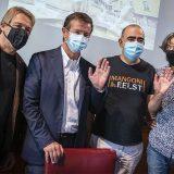 Bergamo,  Elio e le Storie Tese consegnano i primi fondi a sostegno delle band. Raccolti oltre 124mila euro