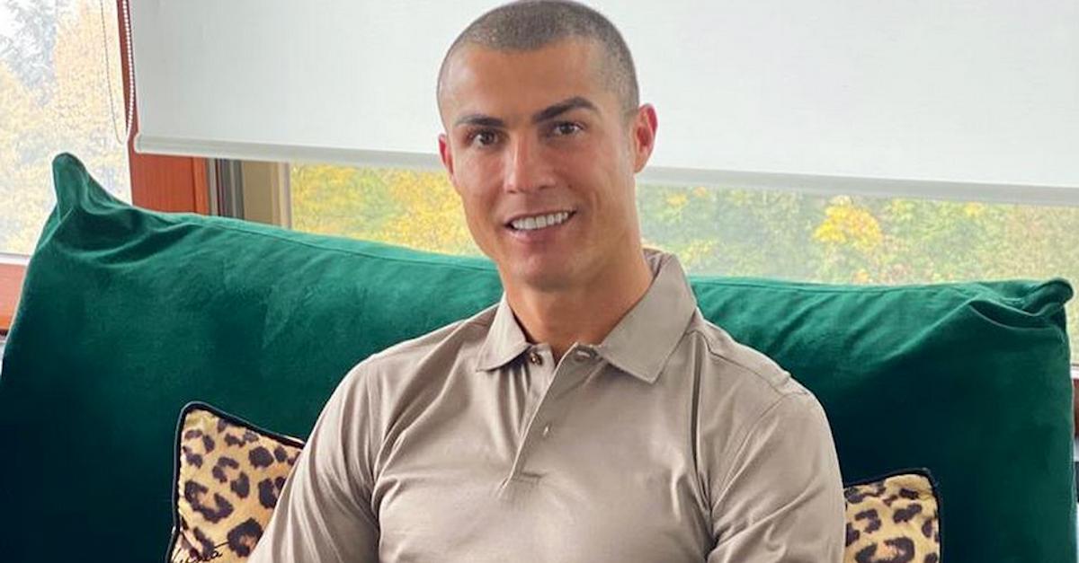 """Cristiano Ronaldo commenta su Instagram: """"Il tampone è una str…"""""""