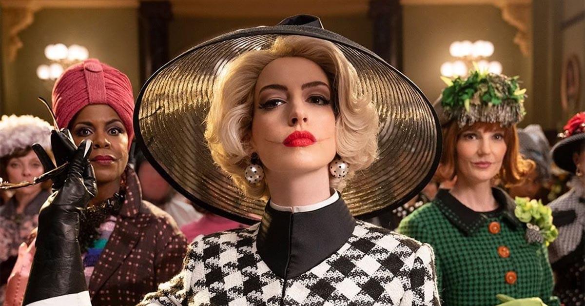 """""""Le streghe"""", i look di Anne Hathaway sono spaventosamente pazzeschi: ecco come imitarli"""