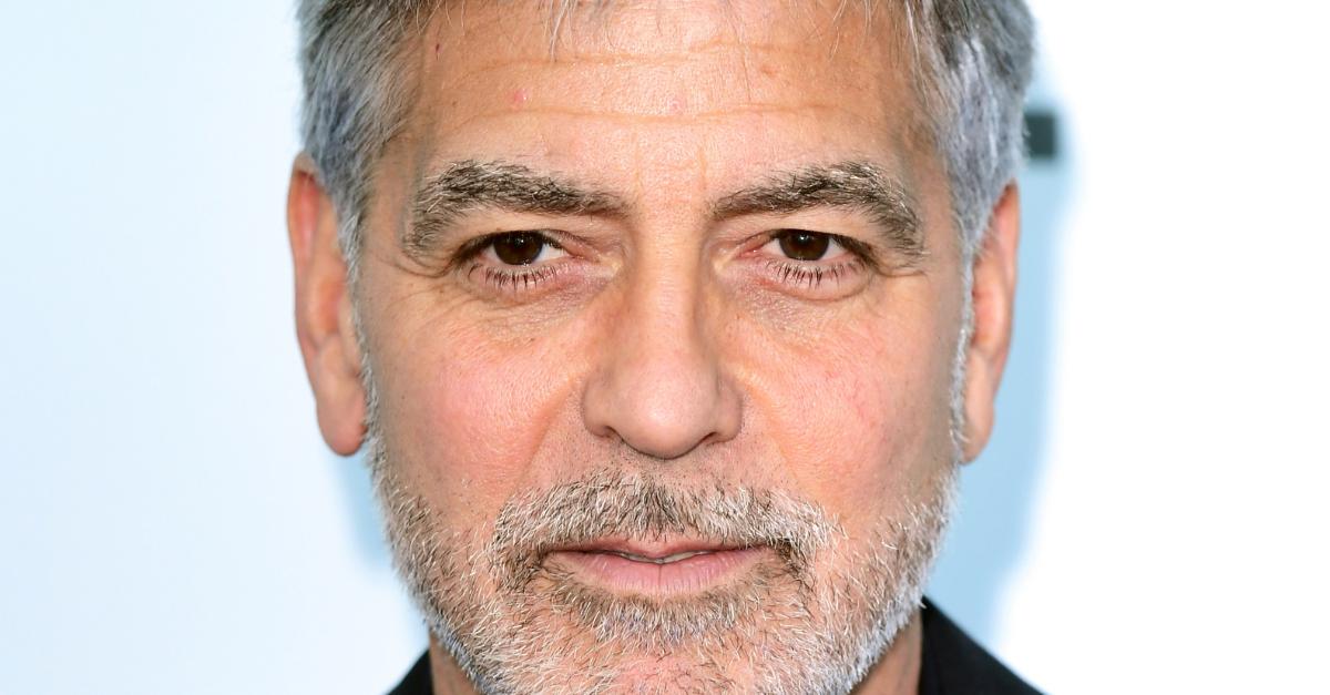 George Clooney ha regalato 1 milione di dollari a 14 amici. Ecco perchè