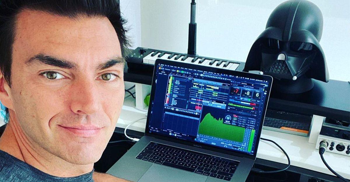 """Gabry Ponte, dagli anni '90 ad oggi: """"Adesso fare musica è difficile, i ritmi sono più veloci"""""""
