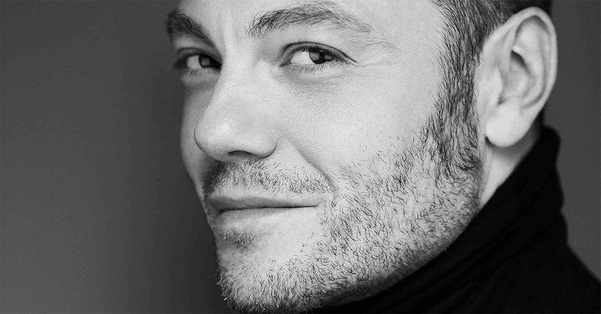 """Esce """"Accetto Miracoli: l'esperienza degli altri"""": il primo album di cover di Tiziano Ferro"""