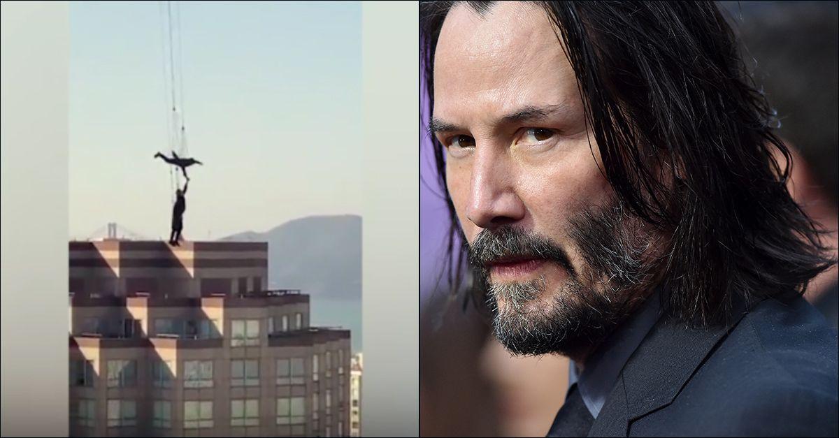 """Usa, giù dal grattacielo appesi ad un elastico: sono le riprese acrobatiche di """"Matrix 4"""""""