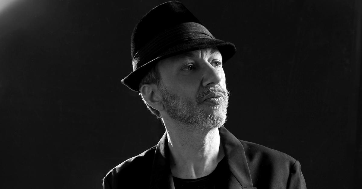 Neffa presenta il suo nuovo progetto discografico in napoletano a Summer Camp