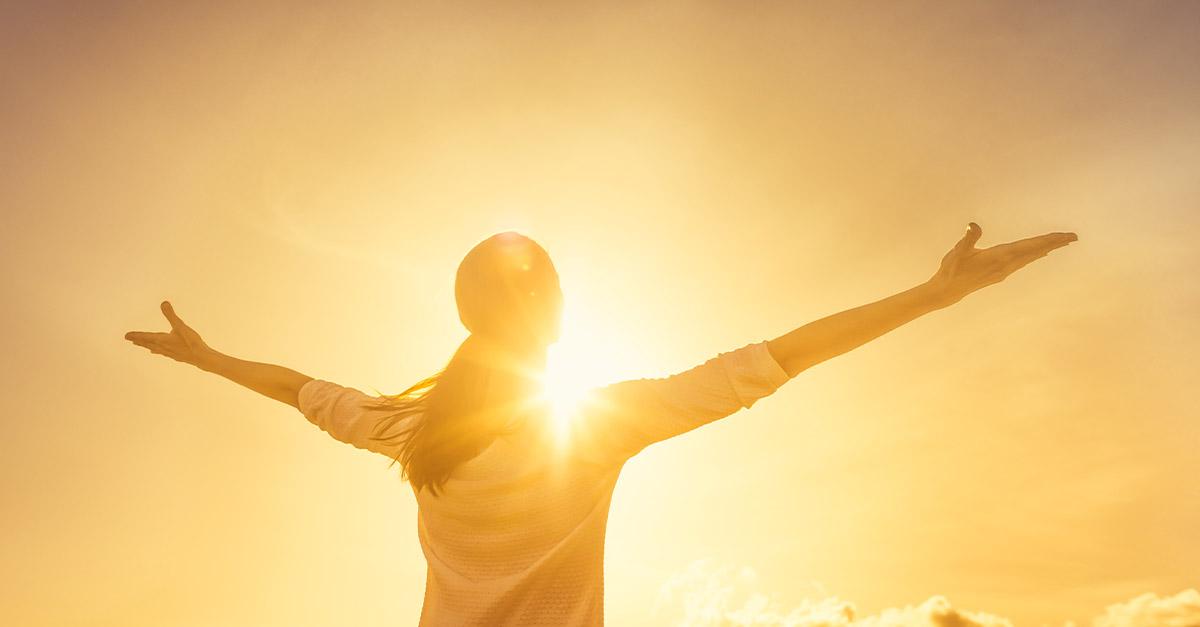 Quando c'è il sole siamo più creativi e simpatici, lo conferma la scienza