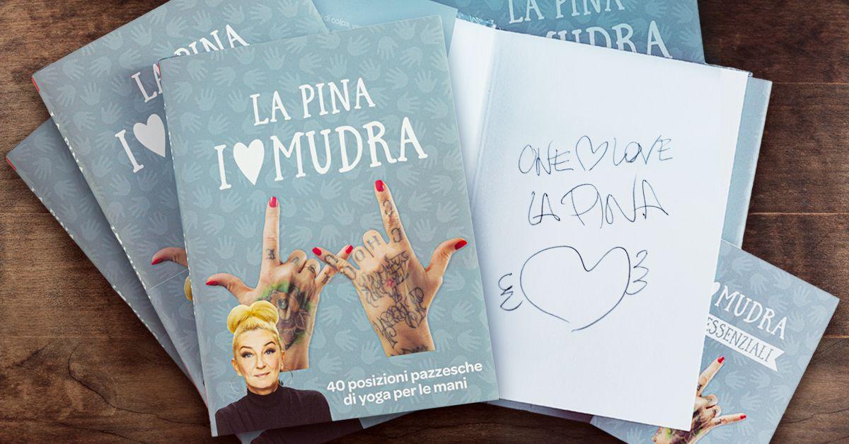 """Le esclusive copie autografate di """"I Love Mudra"""": il nuovo libro de La Pina"""